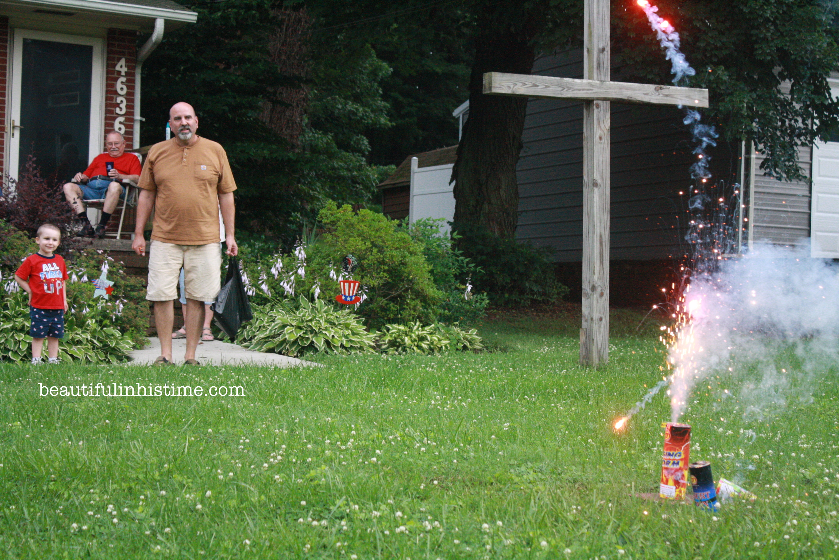 fireworks with grandpa A Birthday Party for America! #birthday #america #4thofjuly #independenceday #party #birthdayparty